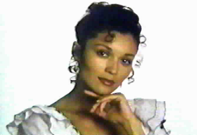 Patrice Martinez as Victoria Escalante